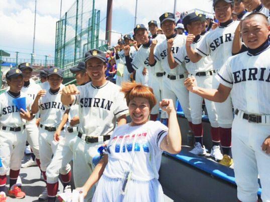 この画像は、サイトの記事「高校野球 応援歌 おもしろ ネットや学校・部活で話題 YouTube注目無料視聴動画ご紹介!」のイメージ写真画像として利用しています。