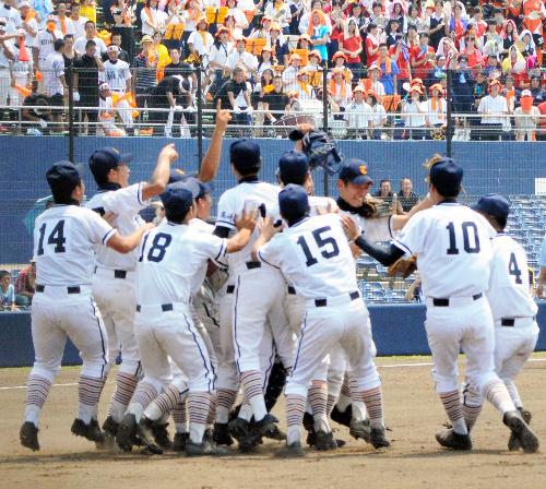 この画像は、サイトの記事「高校野球 群馬大会 ネットで話題 YouTube注目無料視聴動画ご紹介!」のイメージ写真画像として利用しています。